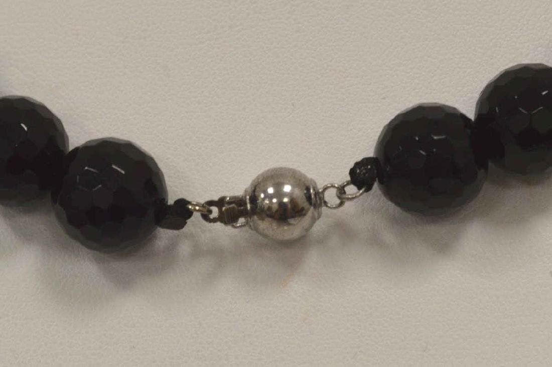 """18"""" Onyx Bead Necklace - 4"""