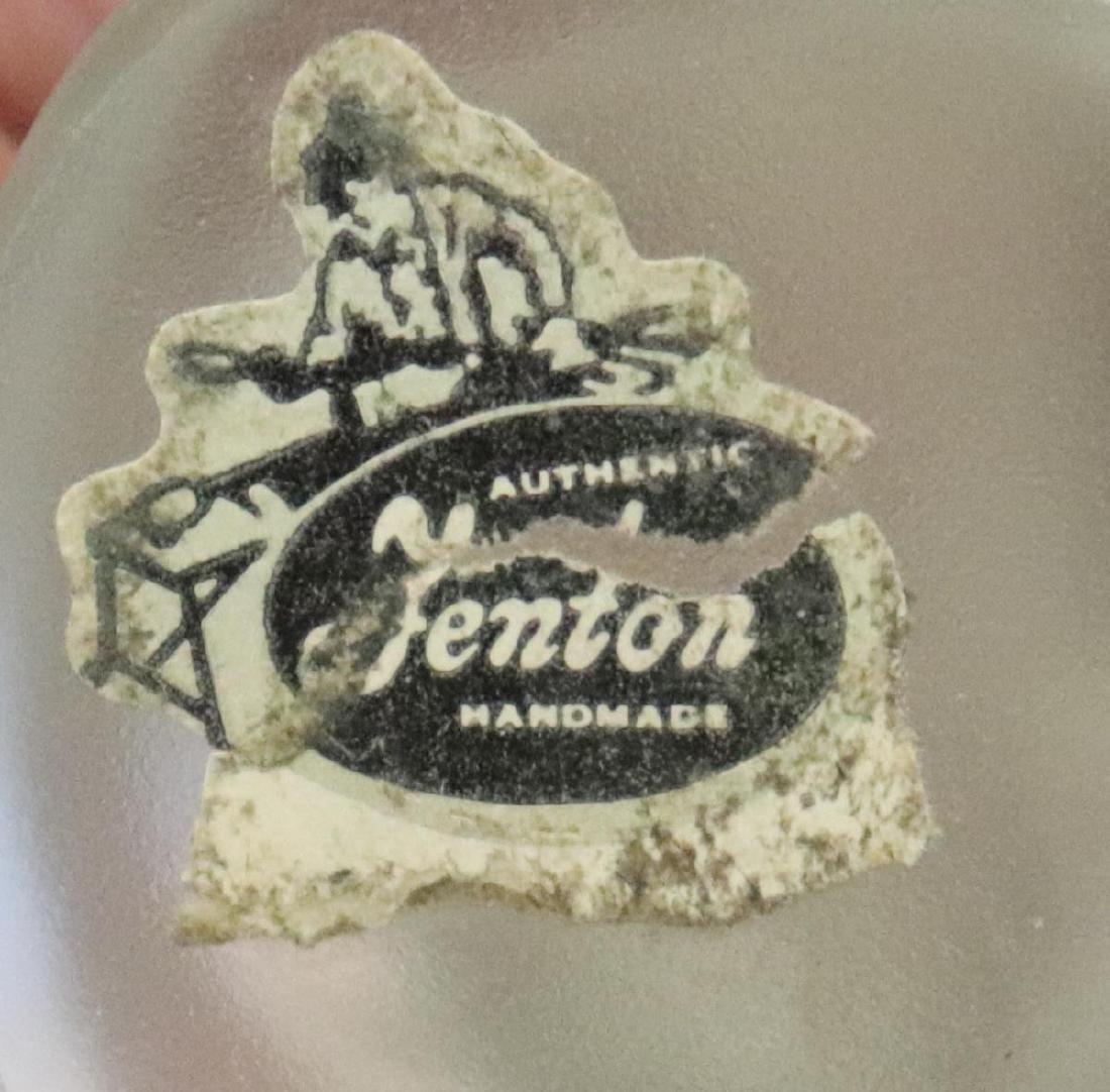 Fenton Crystal Kissing Cousins & 2 Ceramic Pieces - 4