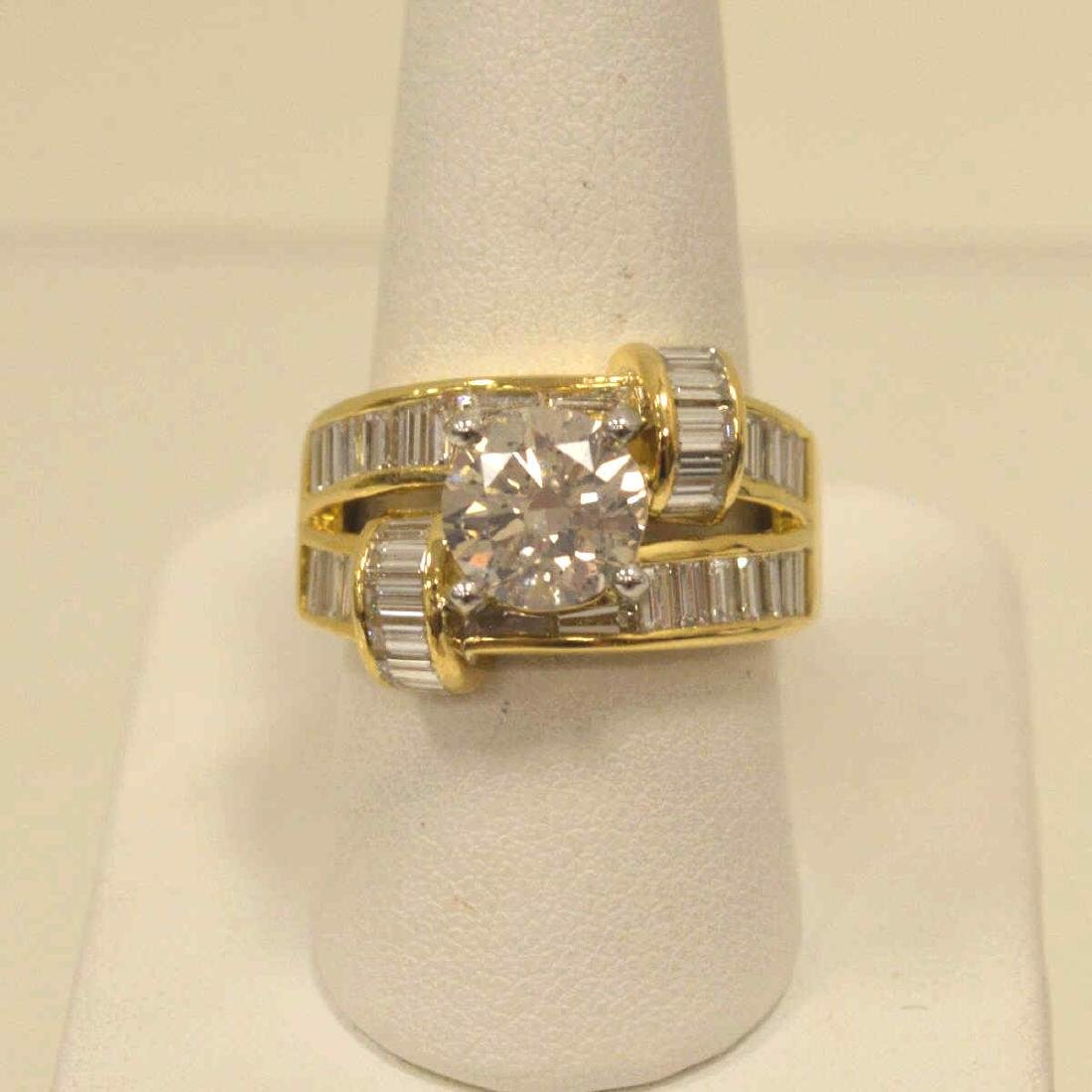 18kt yellow gold diamond fashion ring