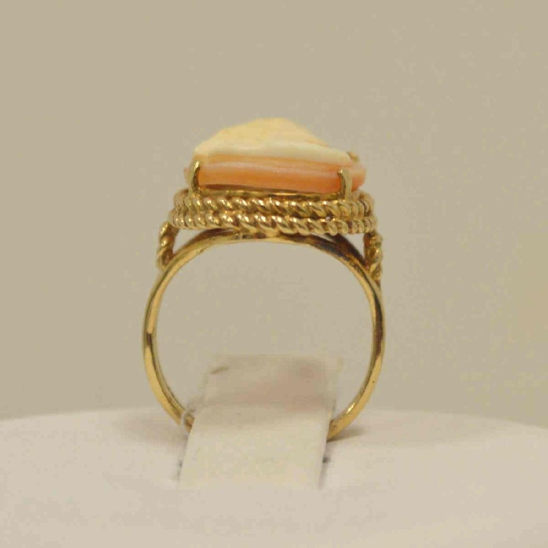 10kt yellow gold cameo ring - 3