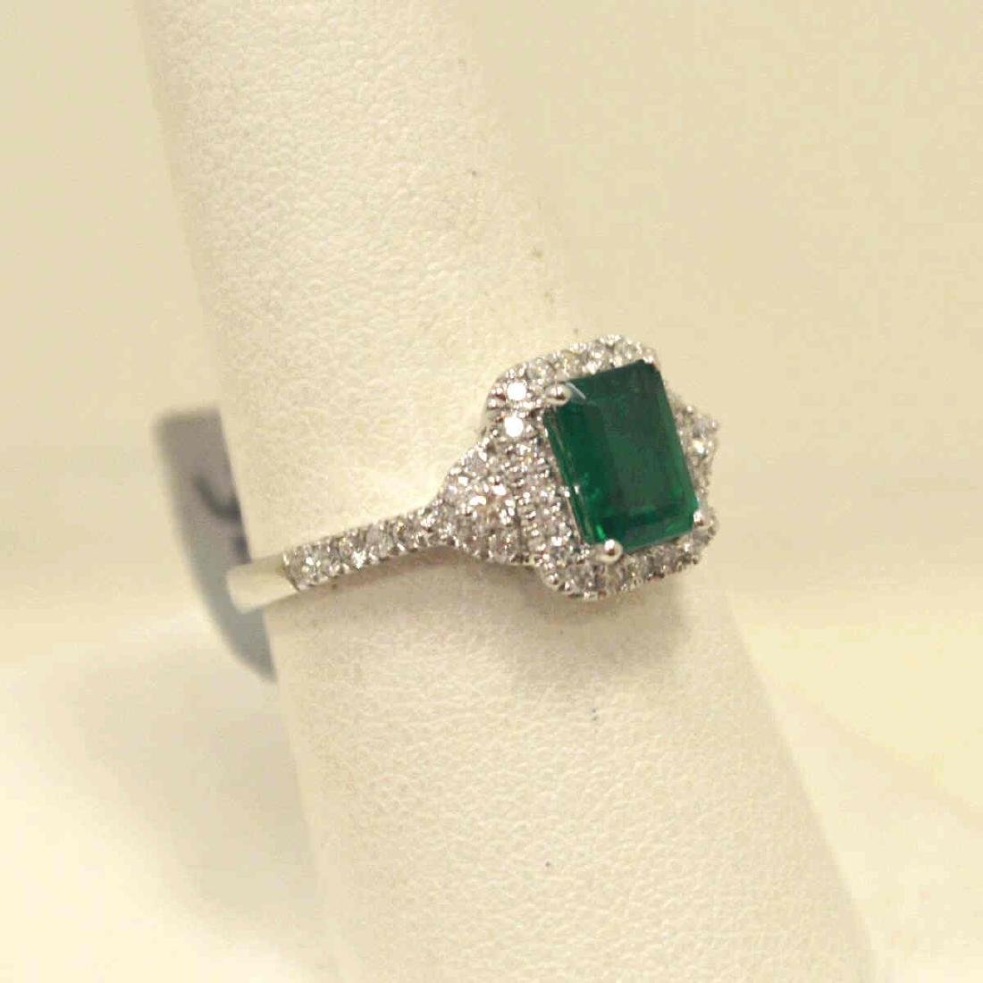 14kt white gold emerald and diamond ring - 2
