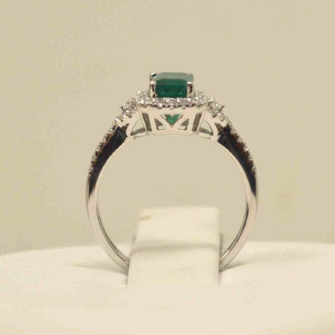 14kt white gold emerald and diamond ring - 3
