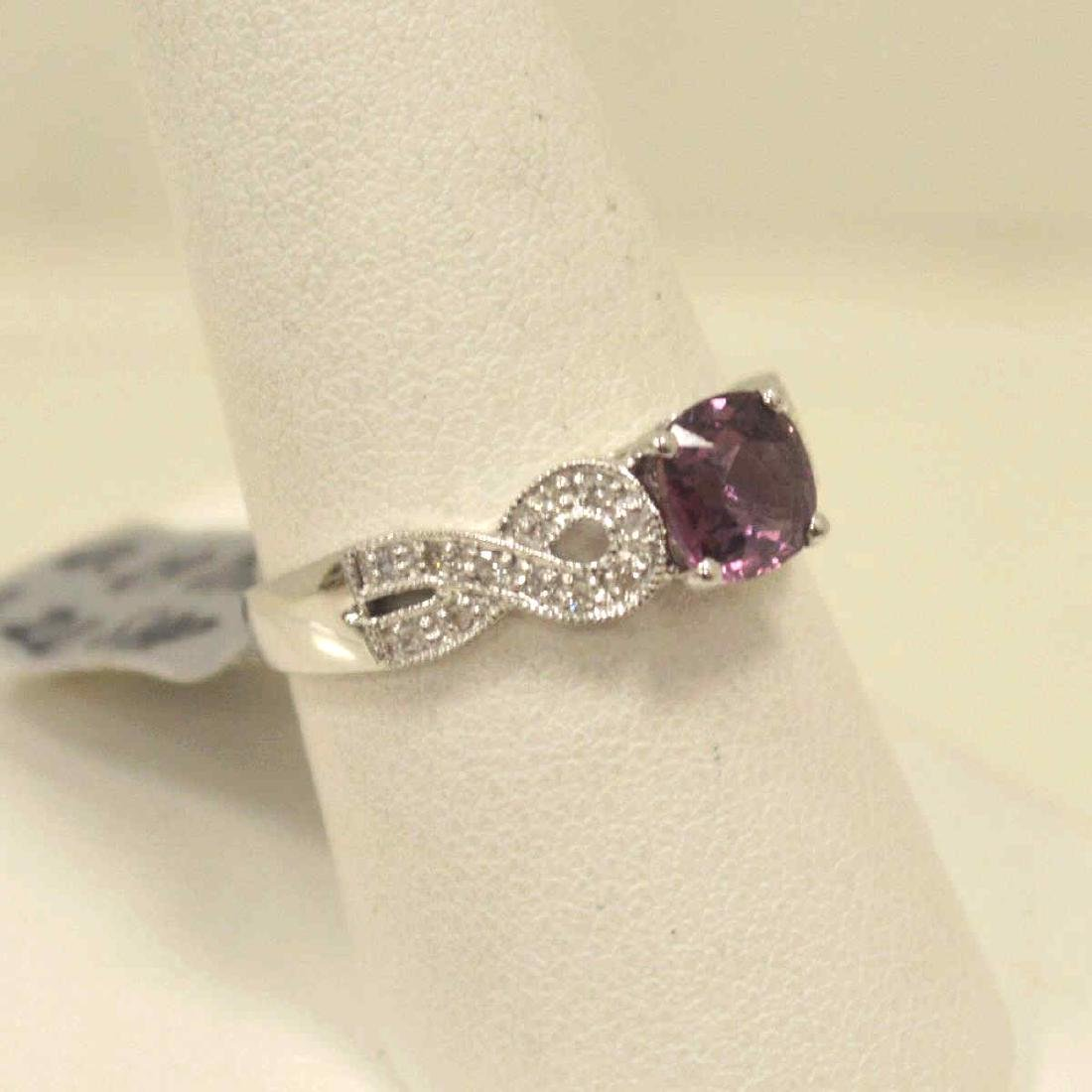 18kt white pink sapphire and diamond ring - 2