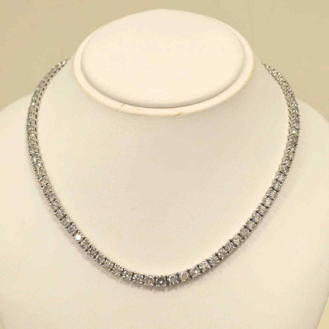 14kt white gold diamond tennis necklace