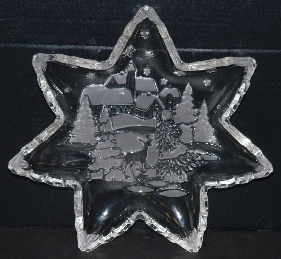 "Mikasa Holiday Classics 13"" Glass Star Platter - 3"