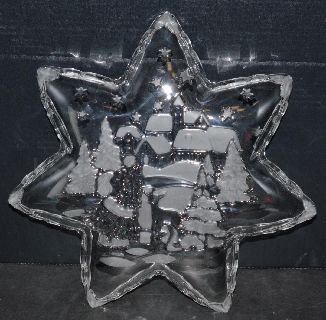 "Mikasa Holiday Classics 13"" Glass Star Platter - 4"