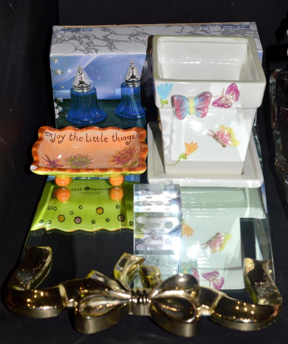 Eclectic Group of Decorator Pieces & Collectibles - 2