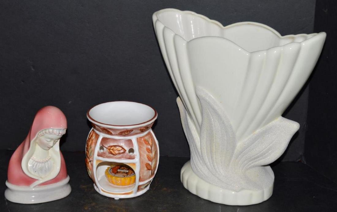 Eclectic Group of Decorator Pieces & Collectibles - 4