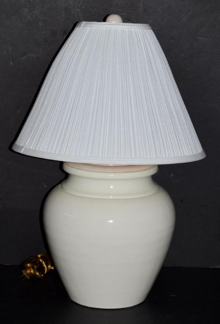 Crock Style Electric Table Lamp with Shade Italian