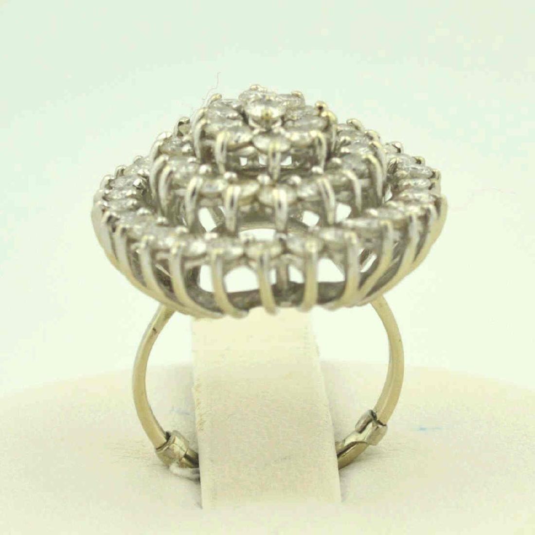 14kt white gold diamond cocktail ring - 4