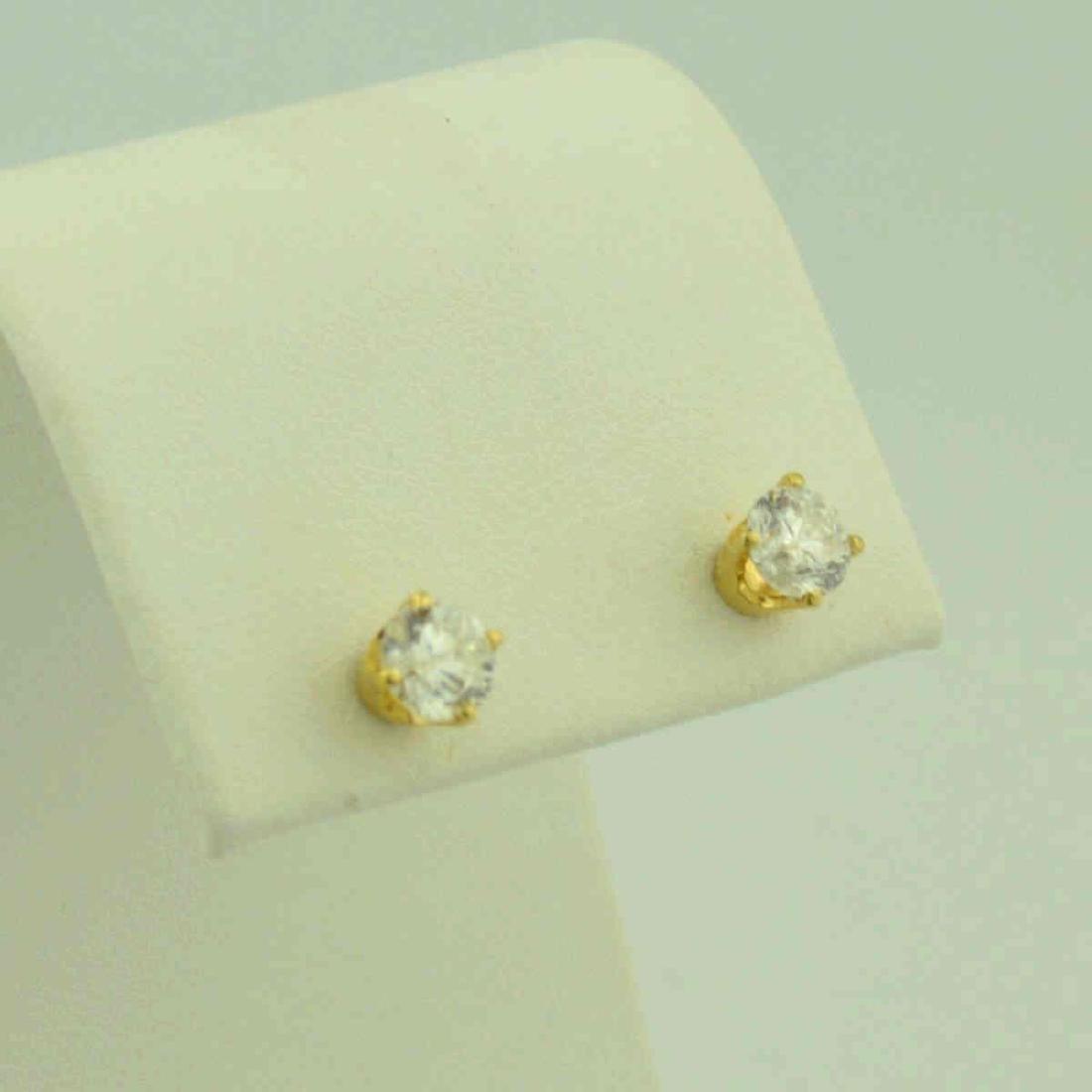 1 Ct diamond stud earrings