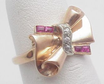 21: Lady's Rose Gold Retro Ring