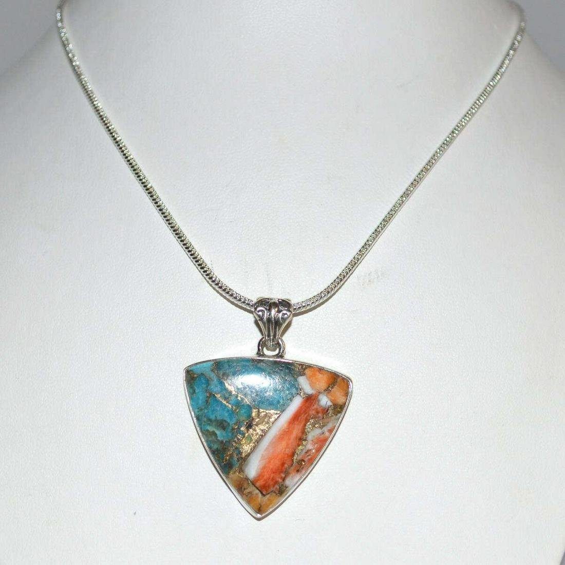 Ladies Spiny Oyster Turquoise Necklace