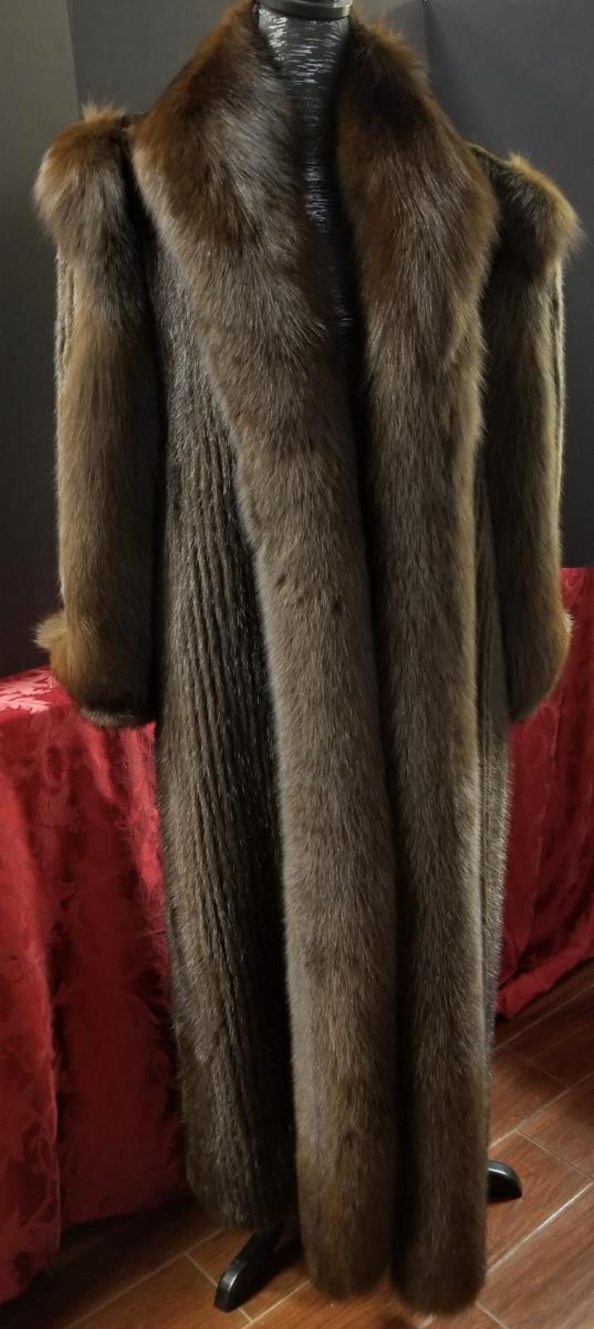 Ladies Medium Dark Brown Mink & Fox Fur Coat