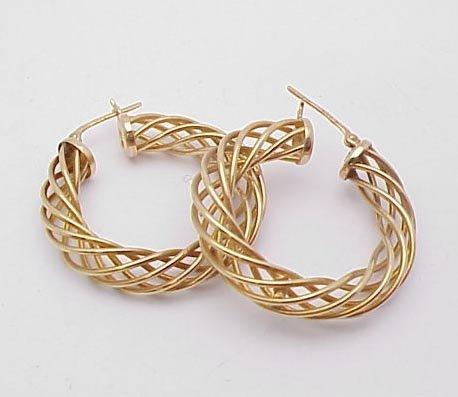 3002: 14kt Yellow Gold Hoop Earrings
