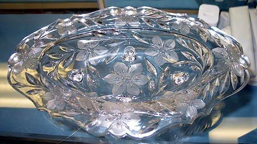 3023: Crystal bowl