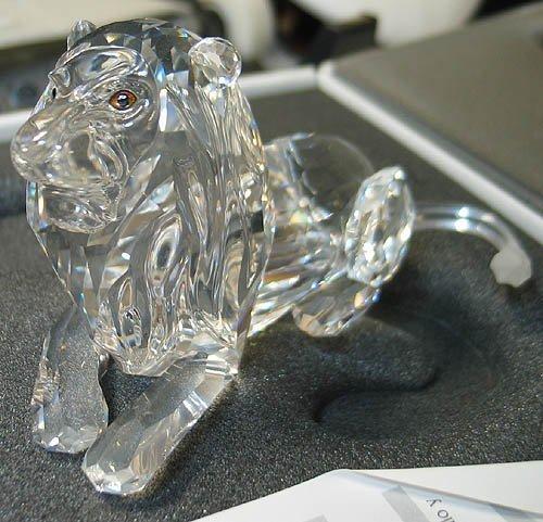 3010: Swarovski Crystal SCS Lion