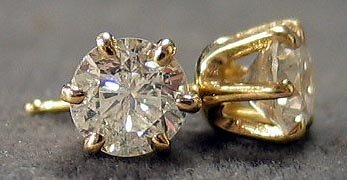 3262: Diamond Studs Earrings 1.30 ctw.