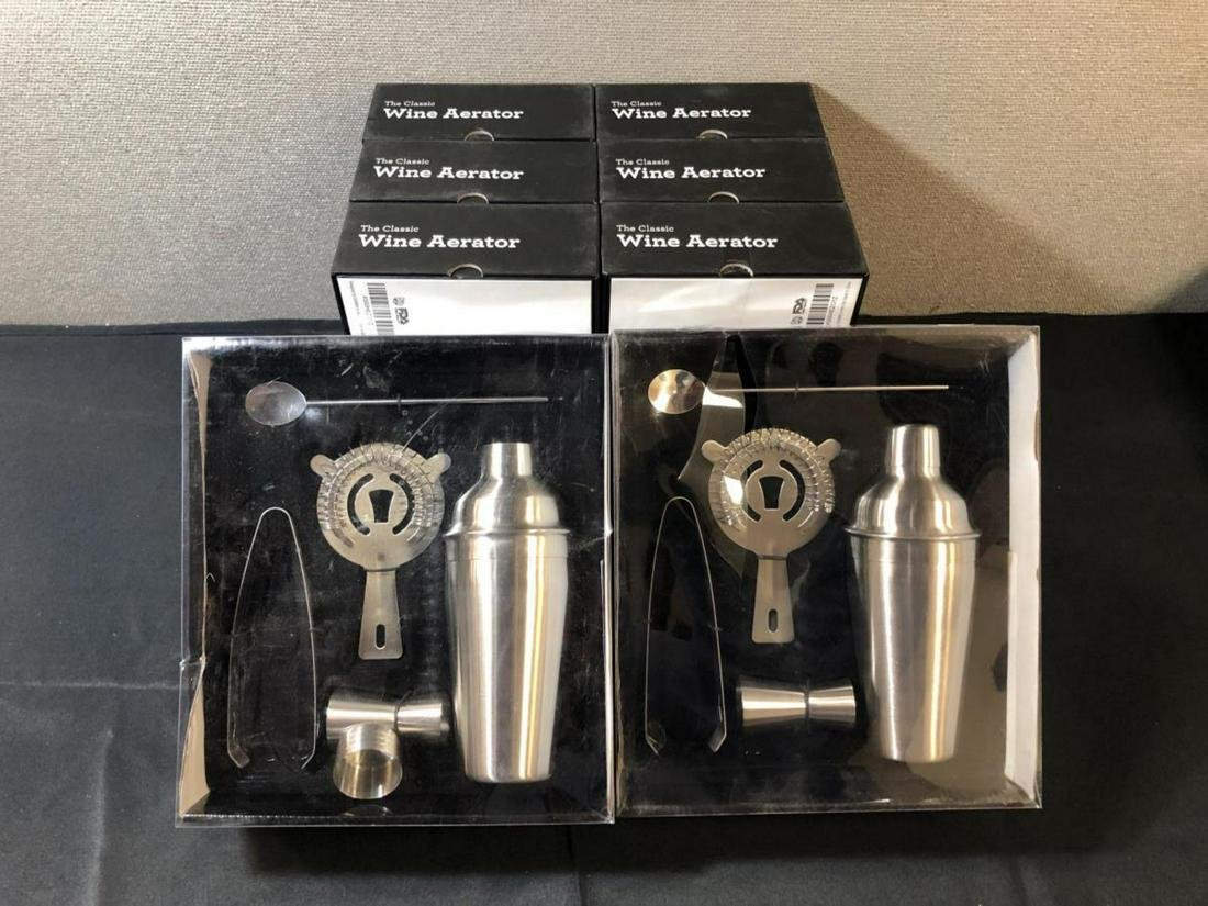 Lot Of The Classic Wine Aerator & Mixology Kit