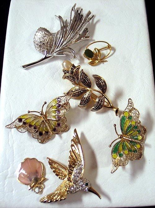 14: Costume Jewelry Lot