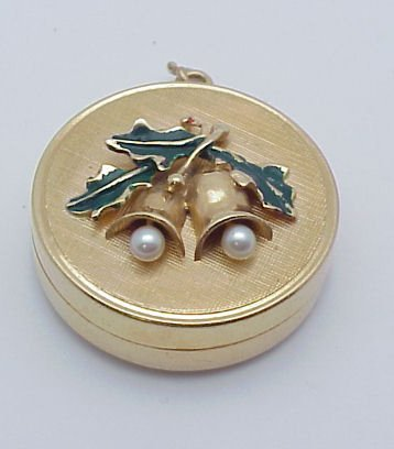15: 14kt Gold Musical Christmas Charm