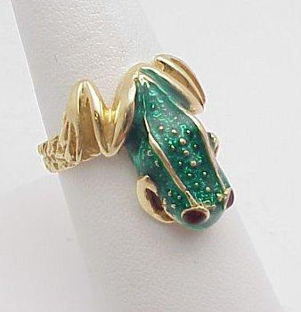 4003: Green Enameled Frog Ring