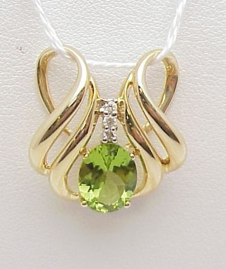 6012: Peridot Slide 14kt yellow gold