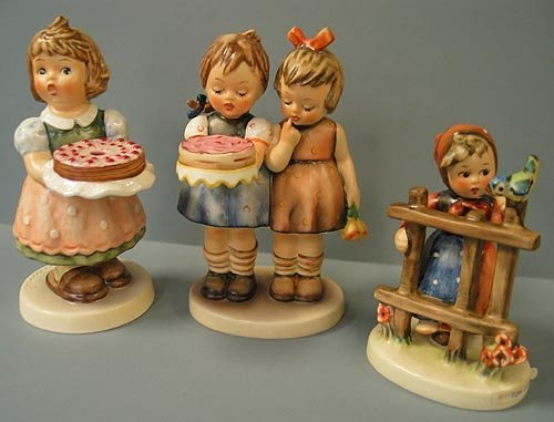 6: Lot of 3 Hummel figurines