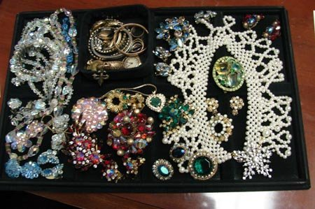 45: Large Lot Vintage Costume Jewelry