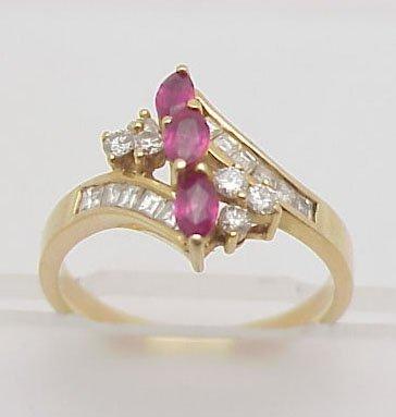 21: Ruby & Diamond Fashion Ring 18 kt