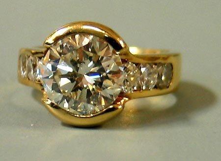 91: 4 ctw Diamond Ring 18 kt IGI cert.