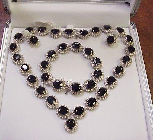 191: Sapphire & Diamond Jewelry Suite