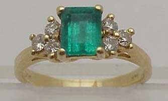 2: Emerald and diamond ring in 14k