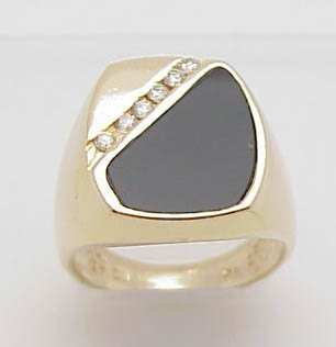4: Gent's 14k onyx/diamond ring