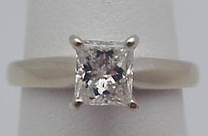 16: 14k princess Diamond.72cts engage ring
