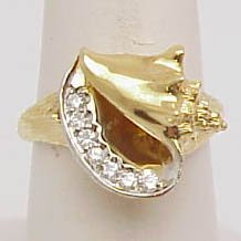 15: 14k conch shell with diamond ring