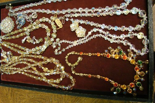 19: Lot of Crystal Jewelry 13 pieces