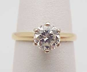 8: 14kwg engagement ring 1.0 round VS2/I