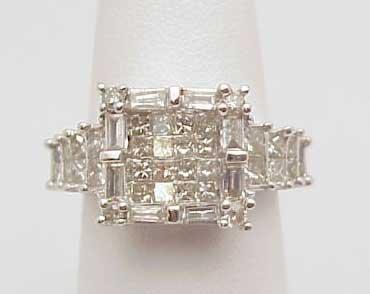 6: 14kwg 2ctw princess dimond ring