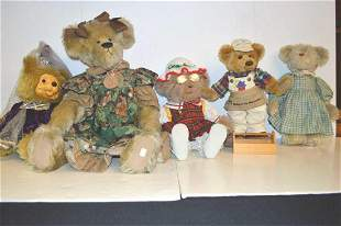 Lot Of Assorted Collectible Bears