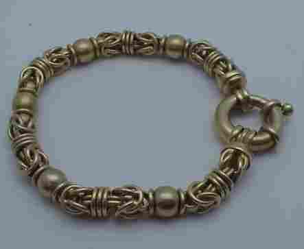 84: 18kyg fancy Italian link bracelet