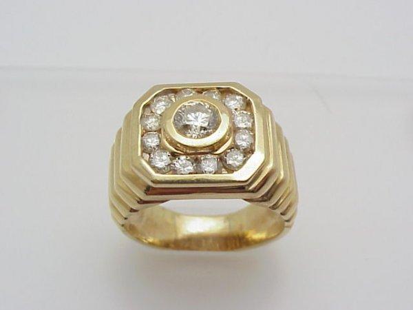 4: Men's 14kyg diamond ring