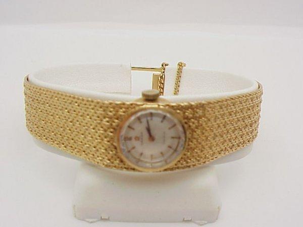 13: Lady's 14kyg Omega Geneve watch