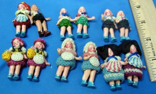 7: Lot of 12 Antique Miniature Dolls