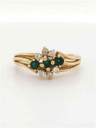 14kt yellow gold emerald and diamond cluster ring