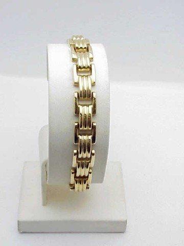 10: Lady's 14kyg fancy link bracelet 14.6gm