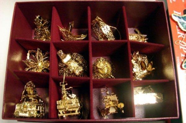 210: Danbury Mint 2001 Gold Plated Christmas Ornaments