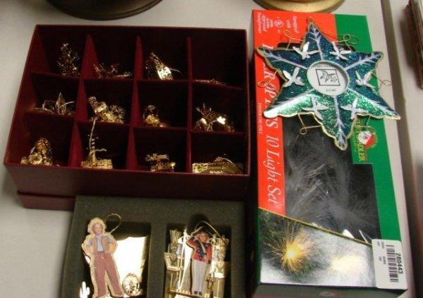 210: Danbury Mint 2001 Gold Plated Christmas Ornaments - 2