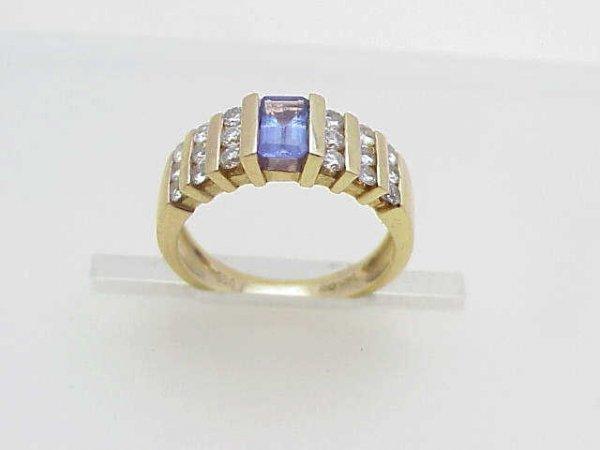 7: Lady's 14kyg tanzanite/diamond ring