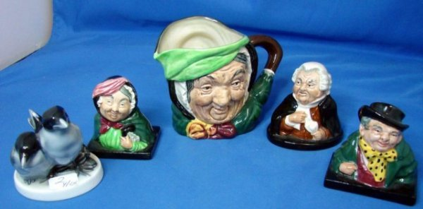 2: 4 pcs. Royal Doulton Porcelain